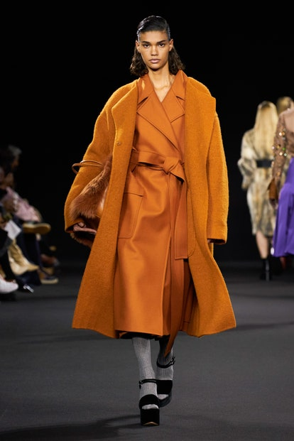 Color toffee. Rochas
